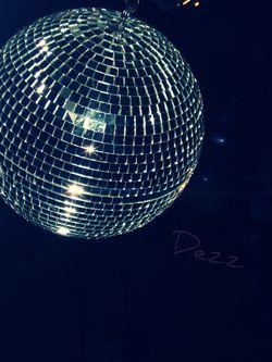 Disco_Globe_b